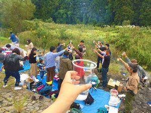 宮城県といえば「芋煮会」。盛大に行います。